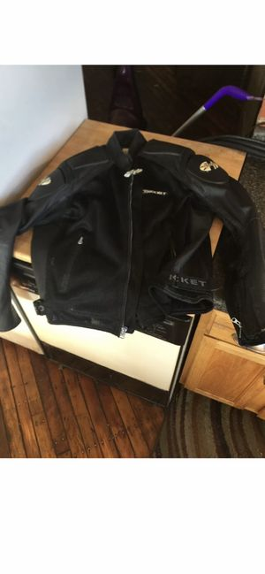 Joe Rocket Large Motorcycle Jacket Black Mesh Leather for Sale in Leesburg, VA