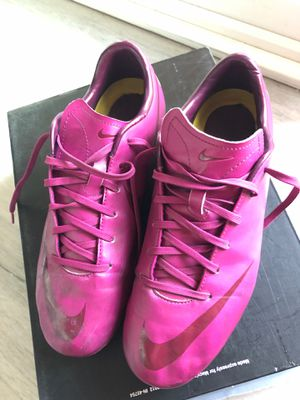 Nike Soccer cleats, size 6 youth for Sale in San Jose, CA