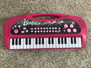 BARBIE CARRY ALONG KEYBOARD for Sale in Lawrenceville, GA