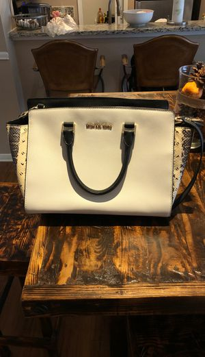 Michael Kors Purse for Sale in Lewisville, TX