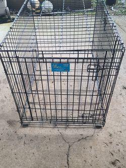 "Dog Crate 36"" X 24"" X 26"" for Sale in Tacoma,  WA"