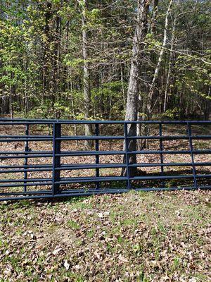 12ft gate new for Sale in Dillwyn, VA