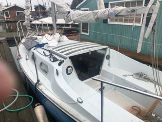 1972 Chrysler Sailboat 22 ft for Sale in Vancouver,  WA