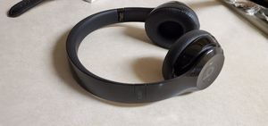 Beats by Dre Solo 3 wireless from apple for Sale in Stockton, CA