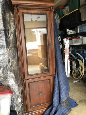 Entertainment Center Armoire/Bookshelves for Sale in Vancouver, WA