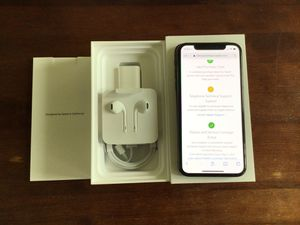 iPhone XS 256 gig for t mobile for Sale in Los Angeles, CA
