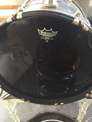 SP DRUM SET 4pc shells+throne for Sale in San Diego, CA