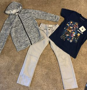 Old Navy, Levi's Roblox Boys outfit size 10/12 for Sale in Phelan, CA