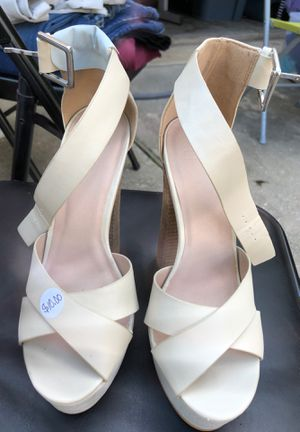 Shoes size 5.5 for Sale in Houston, TX