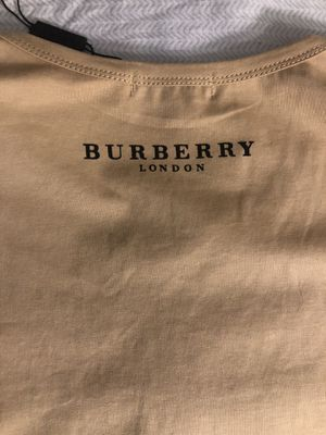 Burberry T-Shirt for Sale in Montgomery Village, MD