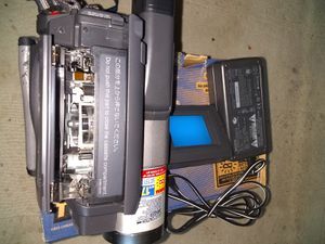 Sony trv58 camcorder Hi 8 for Sale in Daly City, CA