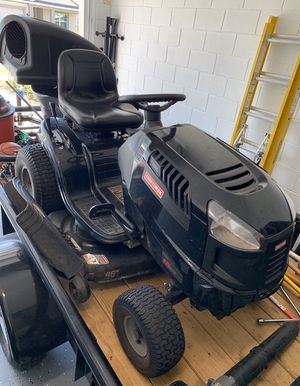 Craftsman Lawn and Garden Pro Tractor Mower for Sale in Kissimmee, FL