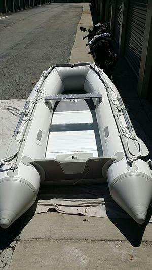 10.5 ft Inflatabe Boat (1100 denier PVC) for Sale in Villa Rica, GA