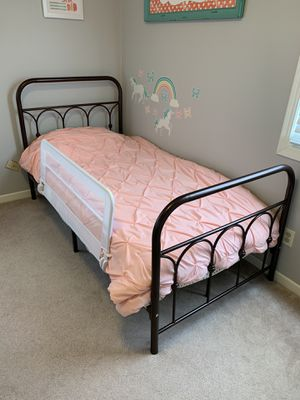 Bronze metal bed frame for Sale in Saint Paul, MN