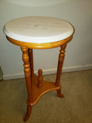 """Marble Top Round Plant Stand 27""""×14"""" for Sale in Indianapolis, IN"""