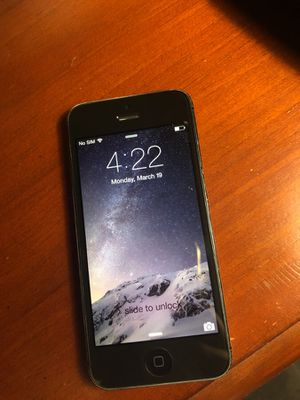 iPhone 5 16gb (AT&T) for Sale in Nashville, TN
