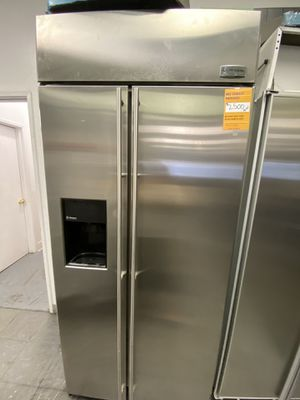 Monogram 2 Door Side By Side Stainless Steel Refrigerator Built In for Sale in Long Beach, CA