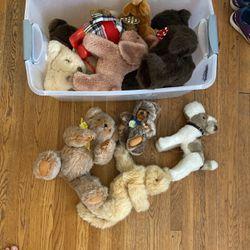 Entire Box Of Vintage teddys, Stuffed Animals NWT for Sale in Hawthorne,  CA