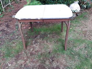 """Vintage 1950's Formica Chrome Kitchen Table 30"""" x 39"""" for Sale in Kirkland, WA"""
