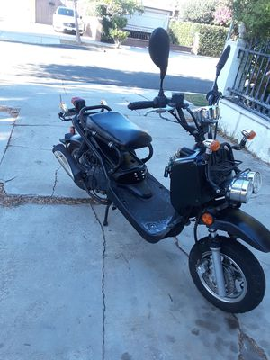 Motor Scooter moped FOR SALE for Sale in Manhattan Beach, CA
