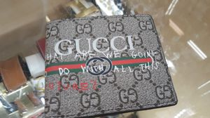 Gucci wallet for Sale in Sandy Springs, GA
