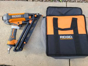 RIDGID 15-Gauge 2-1/2 in. Angled Finish Nailer with CLEAN DRIVE Technology, Tool Bag for Sale in Murrieta, CA