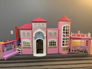 Barbie Doll house for Sale in University Place, WA
