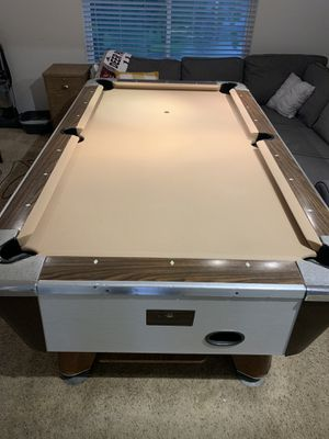 Valley Brand Pool Table. for Sale in La Porte, TX