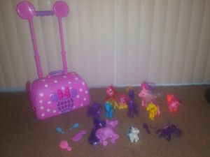 Minnie mouse pet carrier with wheels and ponies for Sale in Fontana, CA