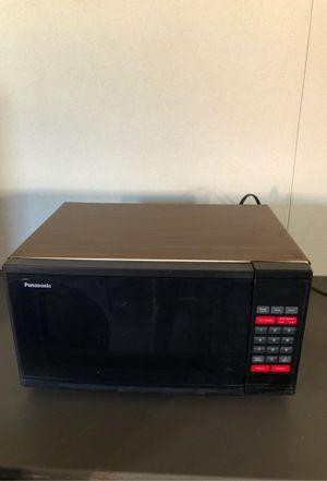 Microwave for Sale in Riverside, CA