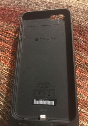 iPhone 6 Plus 32 GB mophie case for Sale in Wichita, KS