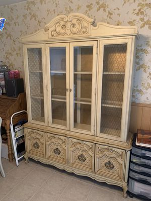Antique white china cabinet for Sale in Hawthorne, CA