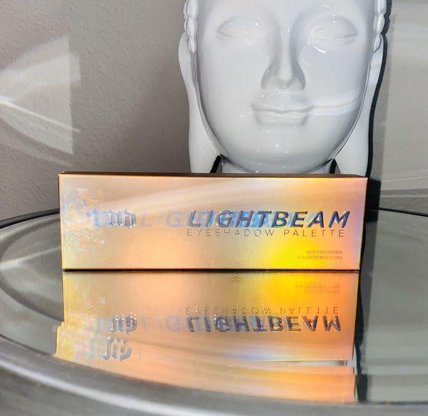 Light Beam Eyeshadow Palette by Urban Decay