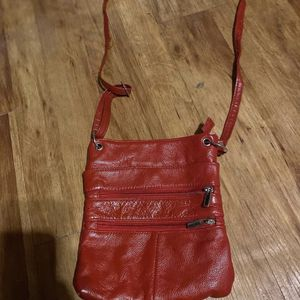 red purse for Sale in Alton, IL
