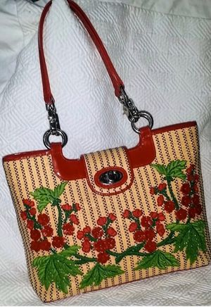 Rare ISABELLA FIORE Patent Leather and Straw Handbag with Red Floral Embellishments for Sale in Tampa, FL