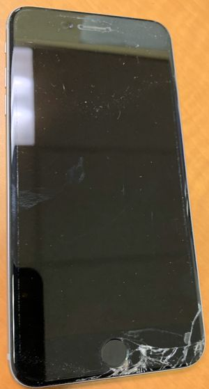 Preowned - Apple iPhone 6+ (plus) unlocked 64gb silver for Sale in San Jose, CA