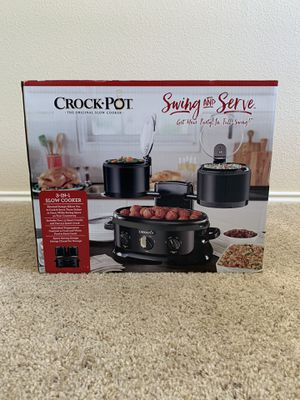 Crock-Pot Swing and serve (new) for Sale in San Antonio, TX