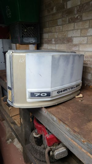 Chrysler 70 outboard engine cover for Sale in Grand Prairie, TX