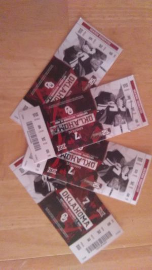 Ou vs Kansas this Saturday tickets for Sale in Lawton, OK