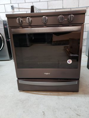 Whirlpool 30 Inch Slide-in Electric Convection Range for Sale in Norfolk, VA
