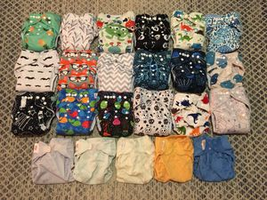 Cloth diaper stash - 23 total diapers, with 42 microfiber and charcoal bamboo liners, 18 cloth wipes, and 1 pail liner for Sale in South Pasadena, CA