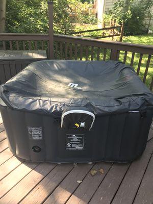 Hot Tub for Sale in Cincinnati, OH