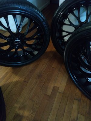 HELO 890 22 Wheels All Blackcat for Sale in S CHESTERFLD, VA