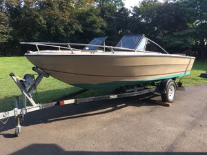 1987 19' Galaxy boat and 19' load rite trailer with title for Sale in FSTRVL TRVOSE, PA