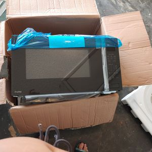 Microwave for Sale in Port Charlotte, FL