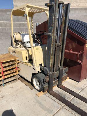Clark 4000lbs propane forklift for Sale in Mesa, AZ