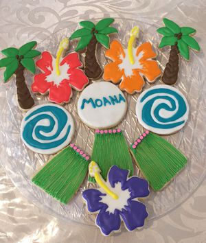 Moana cookies, cake pops and balloon decoration for Sale in Malden, MA