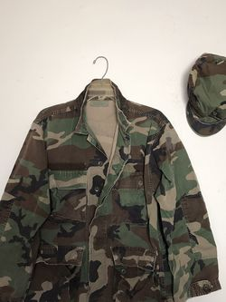 Army Coat Size Medium & Hat Size 7 1/8 Both For $30 for Sale in Reedley,  CA