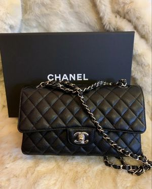 Chanel Classic Med Flap Purse Bag with Authenticity Certificate for Sale in Dallas, TX
