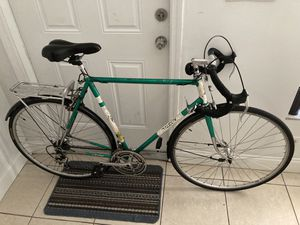 Made in England road bike, large size for Sale in Pompano Beach, FL